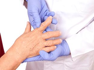Как начинается артроз, симптомы и лечение