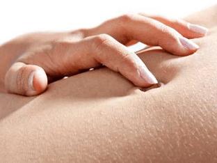 Зуд кожи в области живота, причины и лечение