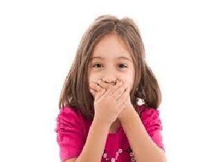 Запах ацетона изо рта у ребёнка: причины, лечение