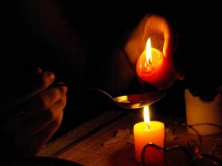 Способы гадания на свечах на Рождество и Святки