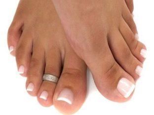 Болят ногти на ногах: причины, как лечить