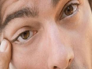 Что делать при появлении рези в глазах по утрам или в другое время суток?