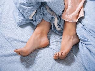 Синдром беспокойных ног - симптомы и лечение