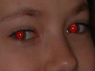 Как убрать красные глаза на фото - быстрая ретушь