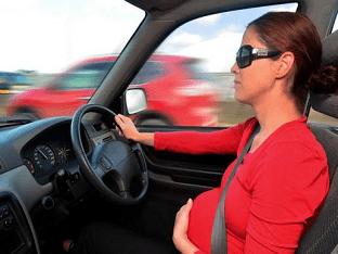Можно ли беременным водить автомобиль
