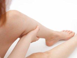 Судороги в ногах: почему сводит, возможные причины