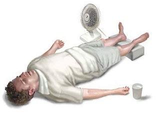 Тепловой и солнечный удар: симптомы, первая помощь